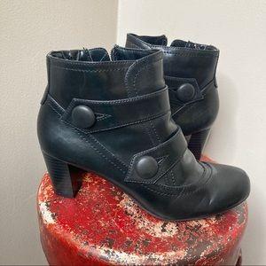 Naturalizer Marloe Black Ankle Bootie Heels